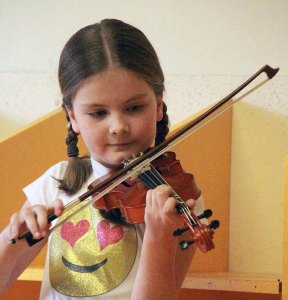 Kinderstring Beginner Violin Winnipeg Conservatory Of Music